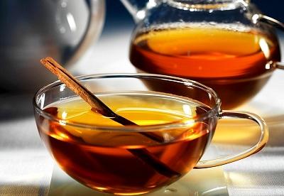 A két legjobb tea nők számára: palástű és cickafark