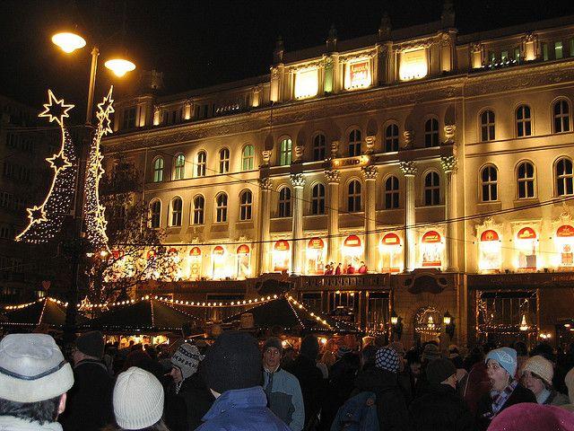 Hangolódás az ünnepre: három nagy adventi vásár nyílt Budapesten