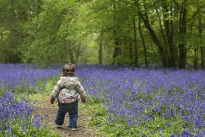 gyerek tavasszal