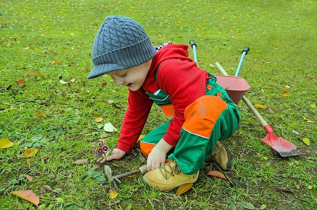 A 12 legjobb tavaszi elfoglaltság gyerekekkel: remek programok az egész családnak