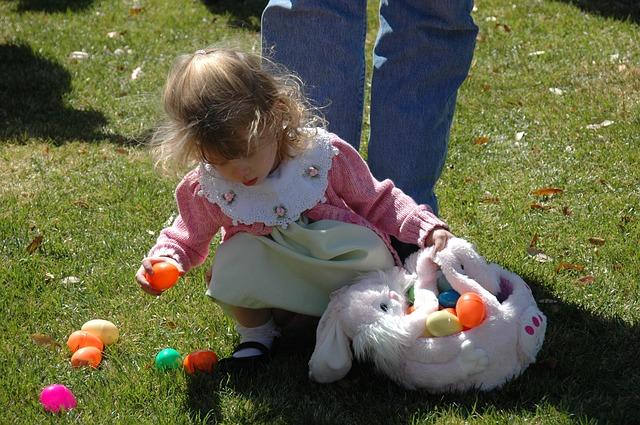 Így bánj a hímes tojásokkal: a 7 legnépszerűbb húsvéti játék gyerekeknek