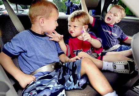 Túlélőkalauz hosszabb utazáshoz gyerekekkel: így könnyebb lesz