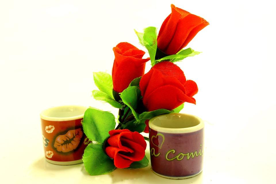 Valentin-napi ajándékötletek szerelmeseknek: ezekkel nem foghatsz mellé!