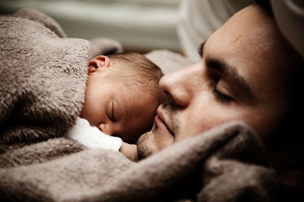 Apás szülés: igen vagy nem? – őszinte vallomás a szülőszobáról