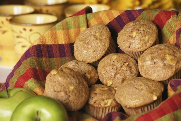 Omlós almás-fahéjas muffin, amiből kevés egy adag