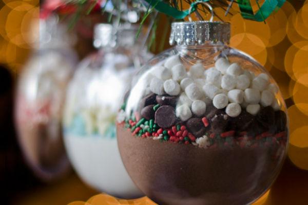 Forrócsokis karácsonyfadísz: elbűvölő ajándék 5 perc alatt
