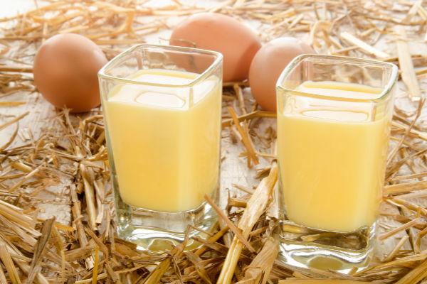 Krémes házi tojáslikőr húsvétra: többé nem veszel boltit