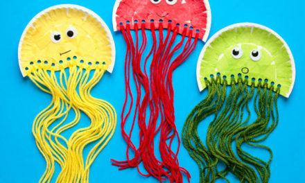 Kreatív nyári ötlet: így készíts medúzát papírtányérból