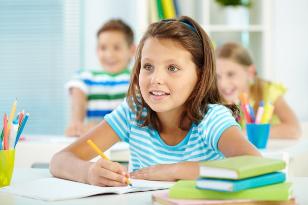 A tanév végéig marad a tantermen kívüli, digitális oktatás: így fejeződik be a tanév