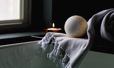 Mézeskalács fürdőbomba saját kezűleg: igazi kényeztetés fillérekből