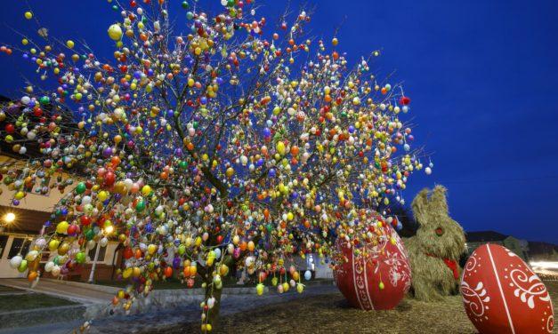 A legjobb húsvéti családi programok Budapesten és országszerte: tojásfestés- és keresés, állatsimogató, vonatozás