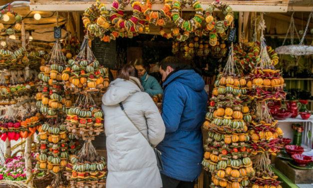 Megnyílt a Budapesti Tavasz Vásár a Vörösmarty téren