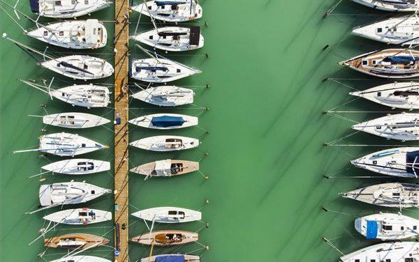 Idény elején is csodaszép a Balaton: fantasztikus képek a magyar tengerről