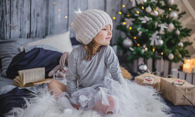 Mit vegyél a gyereknek karácsonyra? – A legjobb ötletek akár az utolsó pillanatokra is