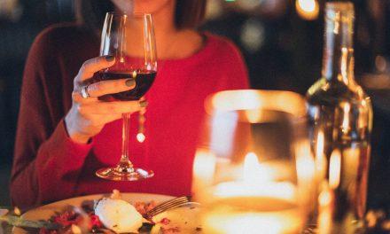Gyertyafényes vacsorával a bolygónkért: így is csatlakozhatsz a Föld órájához
