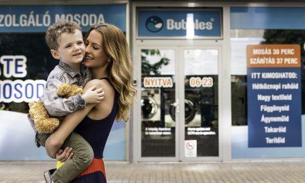 Mackówellness a gyermekek boldogságáért: gyermeknapi plüsstisztítás az Bubbles-nél