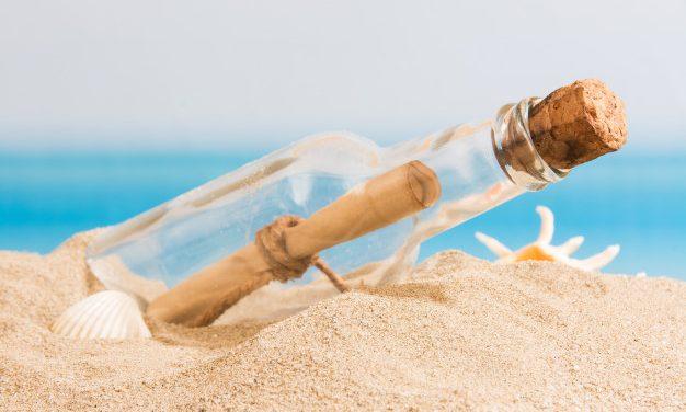 Izgalmas vízparti kincskereső: nyári játékötlet az egész családnak (Letölthető listával)