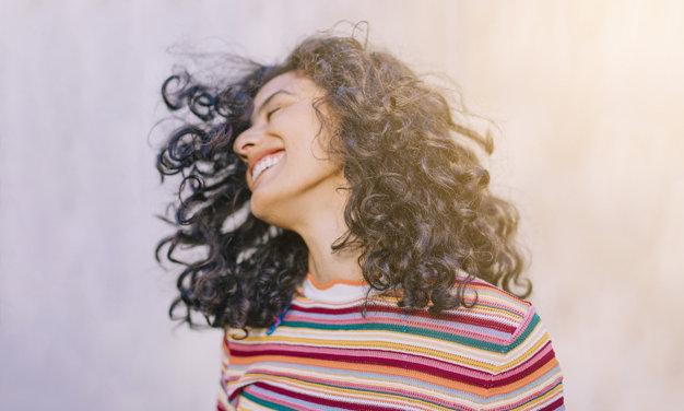 Nőnapi gondolatok tőlünk, nőktől: hogy éljük meg valójában a nőiességünket?