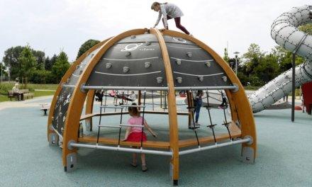 Átadták a Tejút parkot, Csepel új játszótere űr téma köré épült