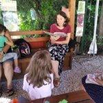 Gyógynövényekről, tündérekről Mechler Annával, a Bíborka és a varázsfőzet hangulatos könyvbemutatóján