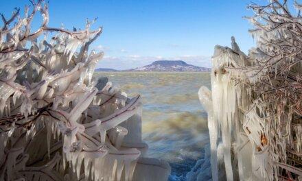 Jegesen is csodaszép a Balaton: mesebeli fotók a magyar tengerről