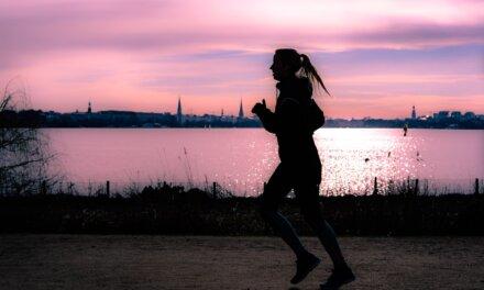 Csak a csend és te – 5 ok, amiért jó hajnalban futni