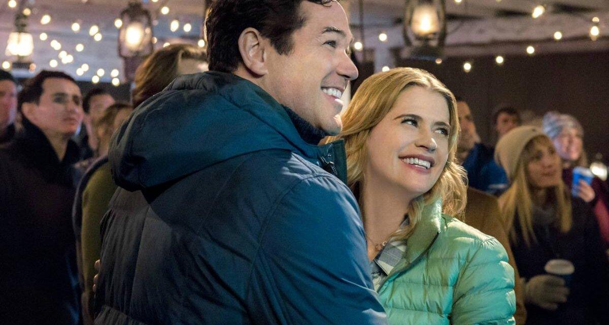 Könnyed karácsonyi romantikus filmek: igazi kikapcsolódás hideg estéken