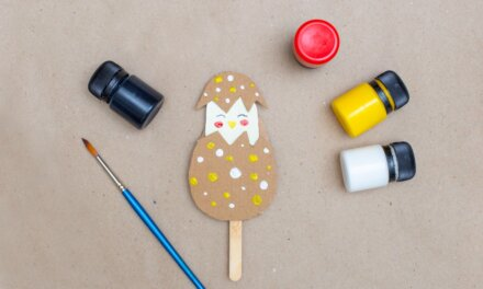 Húsvéti csibe tojásban: egyszerű, ötletes dekoráció papírból