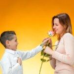 14 nőnapi köszöntő vers ovisoknak, kisiskolásoknak