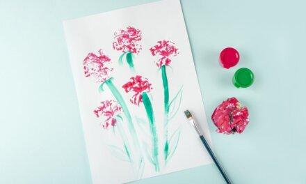 Anyák napi virág nyomdázással: a legkisebbek is meg tudják csinálni