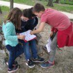 Nyomozás, kódfejtés, varázseszközök: izgalmas szabadtéri kincskereső az Orczy-kertben